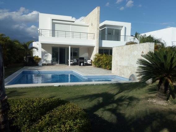 Villa En Venta De Oportunidad (no Intermediarios)