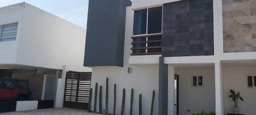 Renta Casa Cañadas Del Lago Querétaro
