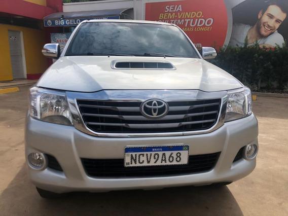 Toyota Hilux 3.0 Sr Cab. Dupla 4x4 Aut. 4p 2013
