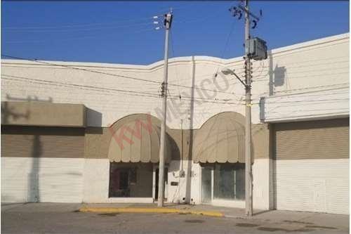 Local Comercial En Renta, Plaza Jumbo, Torreón, Coahuila