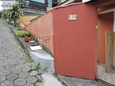 Casa No Bairro Cacupé Em Florianópolis Sc - 4600