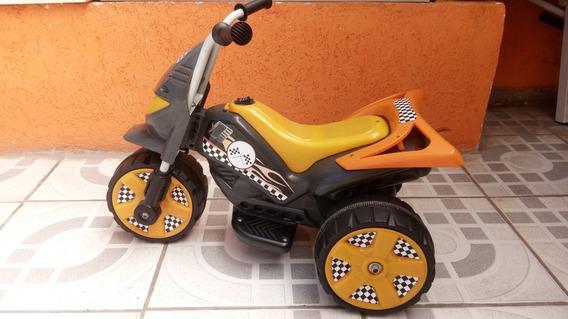 Triciclo Elétrico Infantil Usado