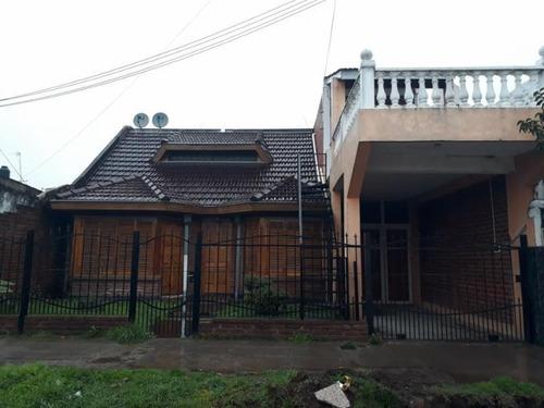 Casa En Venta Laferrere 3 Dtos Rentados