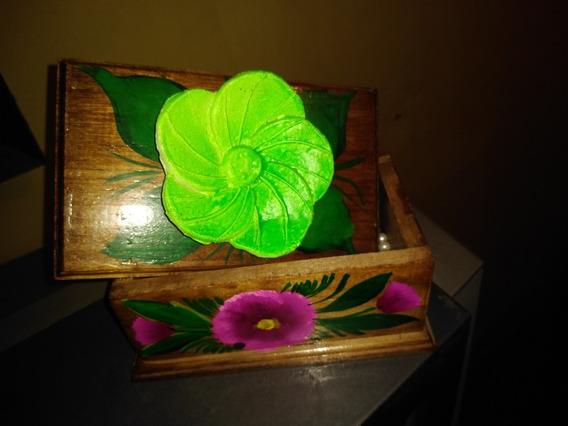 Alhajero De Madera Decorada Con Flores (12 Pzas)