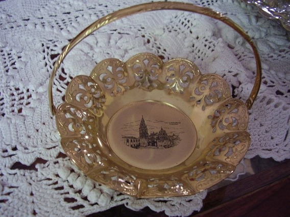 Canastita De Metal Dorado De Toledo Impecable