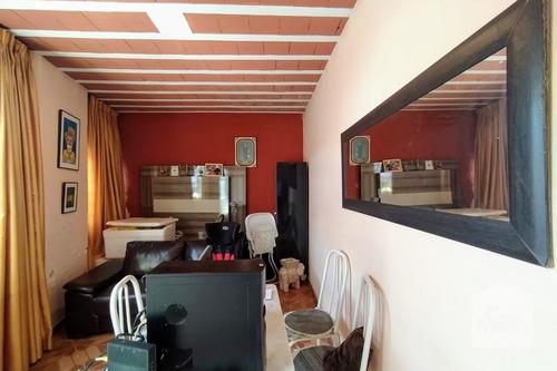 Imagem 1 de 10 de Casa À Venda No Cachoeirinha - Código 269482 - 269482