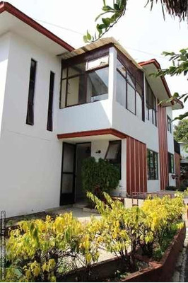 Se Vende Casa Con Alberca En Las Palmas Jiutepec Clave Cc300
