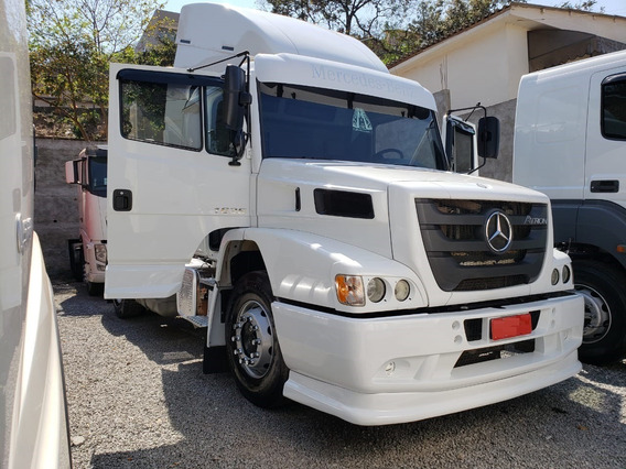 Mercedes-bens 1635 4x2 Ano 2014/2014 Com Ar Condicionado