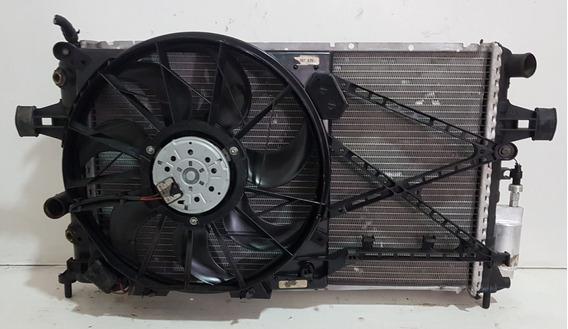 Conjunto Radiador Astra Vectra Zafira Automático Sistema De Duas Ventoinhas 2000-2010