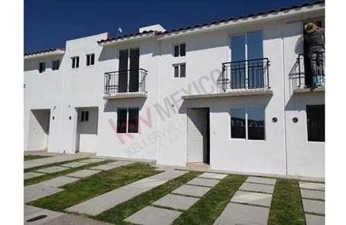 Vendo Casa De Dos Plantas En Ciudad Del Sol, Querétaro En $ 940,000 Pesos