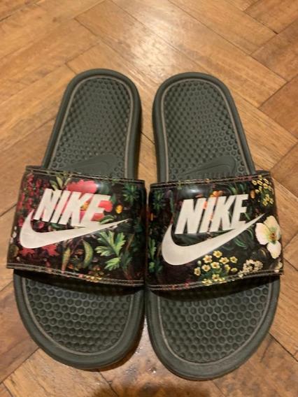 Ojotas Nike Floreadas