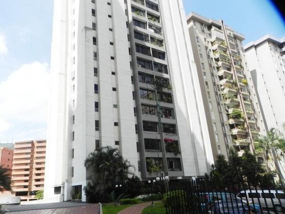 Espectacular Apartamento En Venta En El Cigarral 15-8821