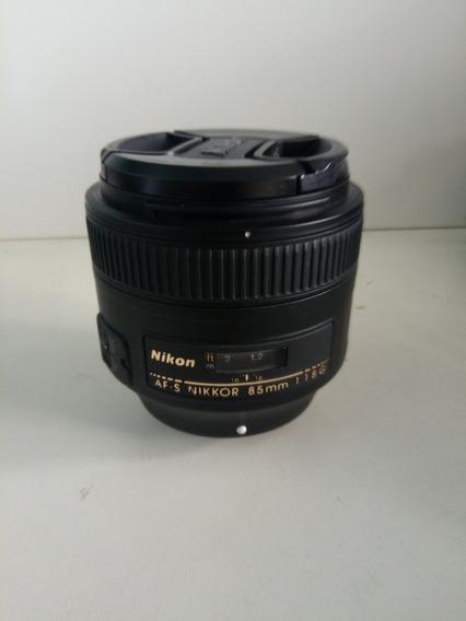 Lente Nikon 85mm