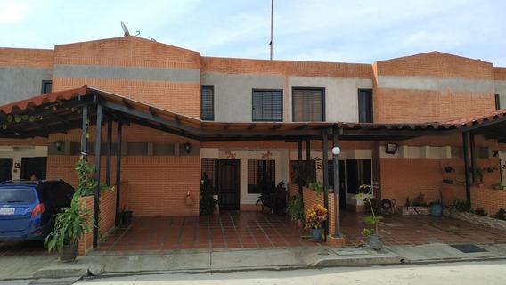Townhouse En Venta En Manantial Dorado San Diego - Erl