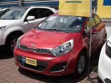 Kia Motors Rio Rio 5 Ex 1.4 2013