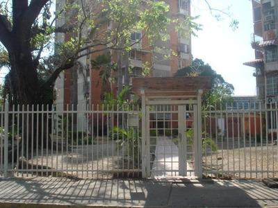 Apartamento En Venta Res Caicara.. 16-6034.. Jb