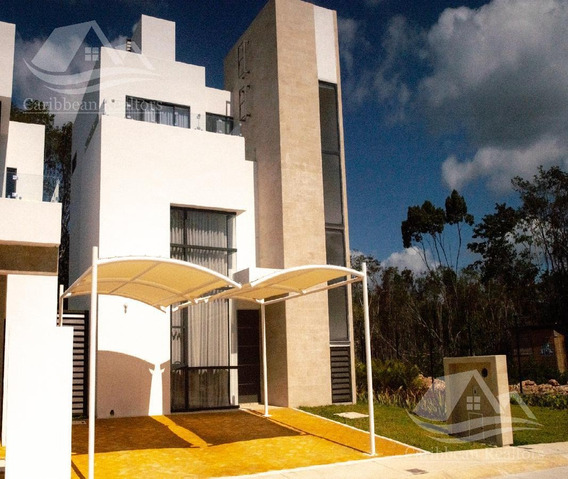 Casa En Venta En Playa Del Carmen