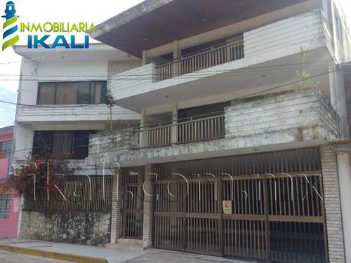 Imagen 1 de 12 de Edificio En Venta Túxpam De Rodríguez Cano Centro
