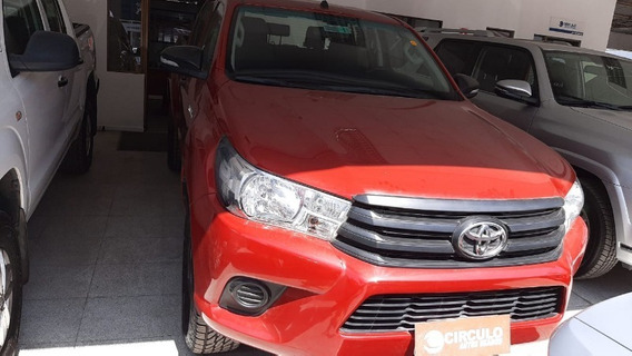 Toyota Hilux 4x2 2.4 Mt Dx (wide) 2017