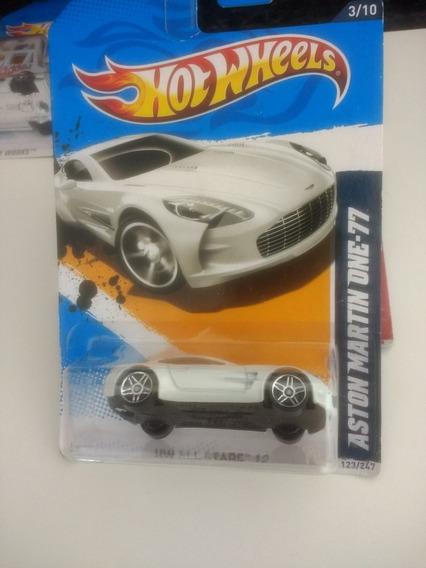 Hot Wheels Aston Martin One-77 Lacrado Leia A Descrição