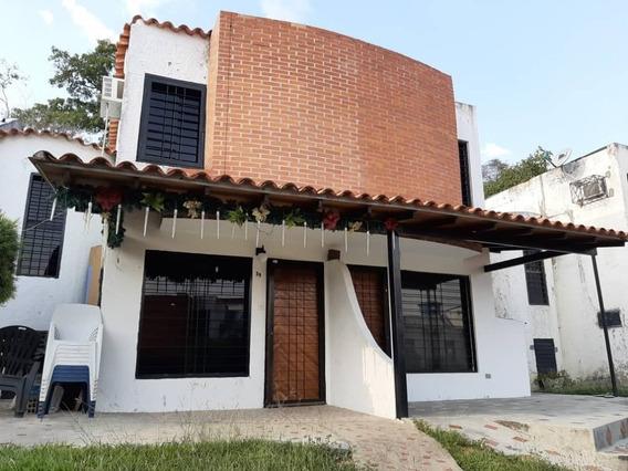 Casa En Venta En Altos De La Esmeralda San Diego Raq