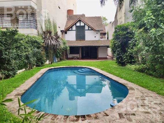 Hermosa Casa Con Pileta - Saavedra