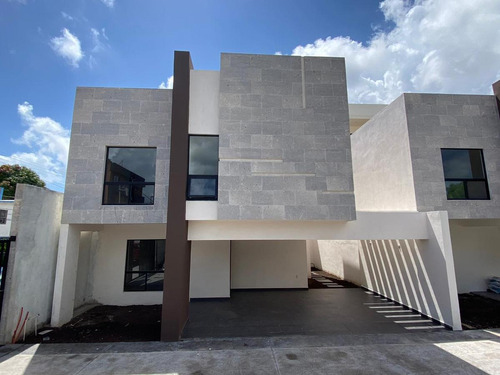 Imagen 1 de 14 de Casa - Jardín 20 De Noviembre