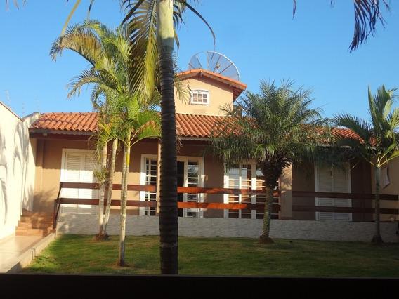 Casa Com 3 Dormitórios Em Tatuí