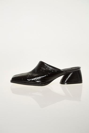 Zapato Mule Olivo Blanco Y Negro Las Pepas