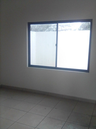 Casa Con 3 Dormitorios Con Su Sala Y Baño En El Plan 3000