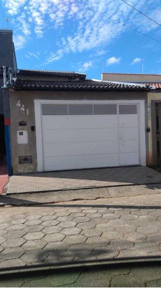 Casa Com Estrutura Pra Outra Em Cima. Bairro São Carlos