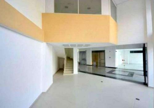 Loja À Venda Com 77.26m² Por R$ 590.000,00 No Bairro Centro - Curitiba / Pr - M2ce-lm