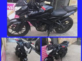 Pulsar As 200 Color Negra