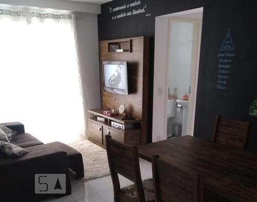 Apartamento À Venda - Jardim Cristal, 2 Quartos,  54 - S893109103