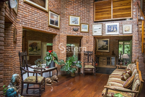 Casa En Zona De La Mansa, En Alquiler- Ref: 1592