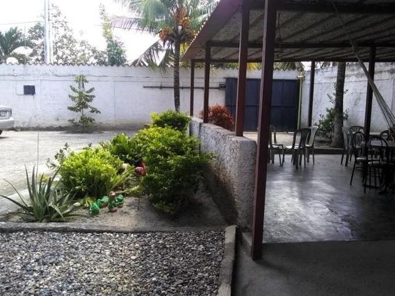 Casas En Venta Cabudare 20-2804 Rg