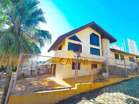 Casa Para Alugar Com 3 Quartos Por R$ 9.000/mês, Country, Cascavel/pr - Ca0069