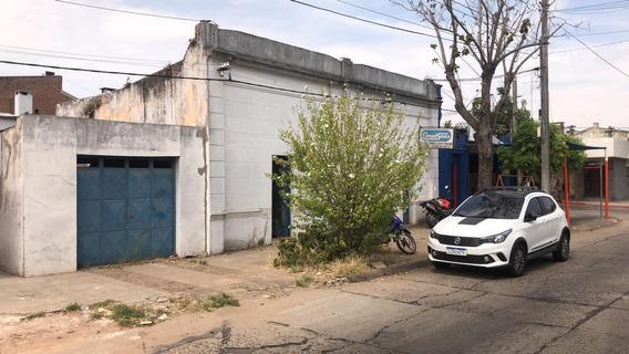 Se Vende Casa Céntrica En La Ciudad De Rivera