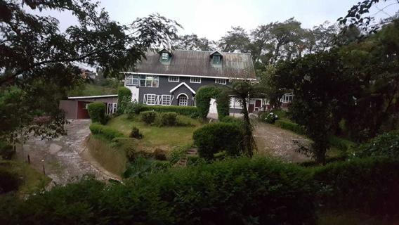 Preciosa Casa Grande En Cascajal De Coronado