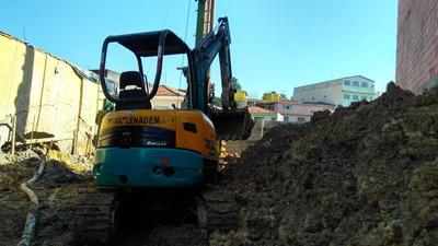 Locação De Mini Escavadeira E Bob Cat