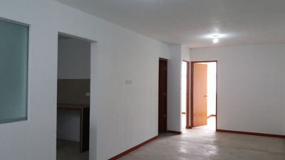 Departamento En Alquiler - En Villa María Del Triunfo