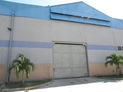 Comercial En Venta En Cabudare El Placer, Al 20-397