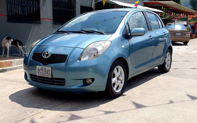 Toyota Yaris 2006 Automatico Impecable