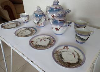 Antiguo Juego De Te De Porcelana Hecho En Japón De Dragones