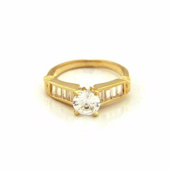 Ac0104042 Anel Zircônias Banho De Ouro