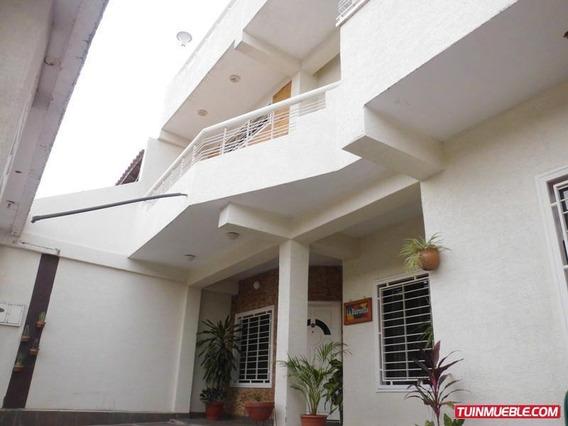 Casa En Venta La Mantuana Turmero 19-5662