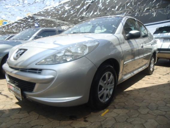207 Sedan 1.4 4p Active Flex 2014