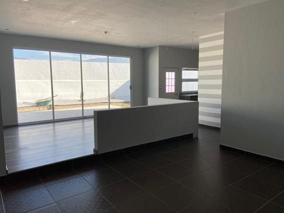 Casa Al Norte De Ciudad 498m2 Terreno Y 320 M2 Construccion