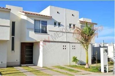 Casa En Venta En Puerta De Piedra, S.l.p. $1,250,000.00