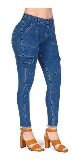 Jeans Stretch Con Bolsas Frontales Y Traseras
